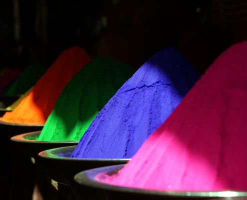 Coloured powder coating powder for estimating powder coating cost